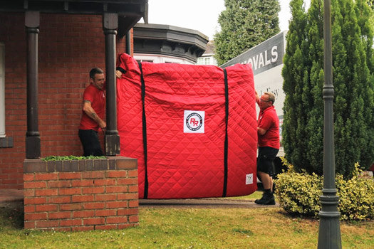 on moving day the best removal company will do everything in their power to make your move easy and stress free